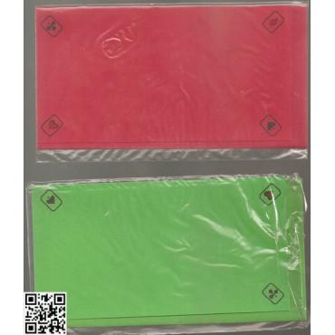 einfache Bridge Karte mit passendem Umschlag für Preise, rot oder grün